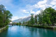 Visión desde Beaurivage Brucke, vínculo entre Interlaken Ost a Harderkulm Imagen de archivo
