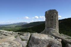 Visión desde el castillo búlgaro y alrededores imagen de archivo libre de regalías