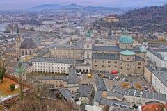 Visión desde el castillo de Hohensalzburg Salzburg, Austria Imagen de archivo libre de regalías
