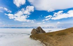 Visión desde el cielo en campos de hielo congelados del lago Baikal, Rusia Siberia Foto de archivo