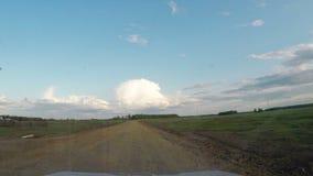 Visión desde el coche Viaje por carretera del verano en del camino en día soleado metrajes
