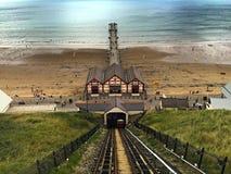 Visión desde el ferrocarril funicular en Saltburn por el mar Imagenes de archivo