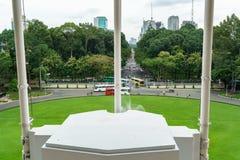 Visión desde el frente del palacio de la independencia Imagen de archivo