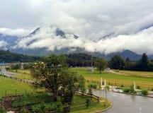 Visión desde el hotel Mangart en Bovec, Eslovenia imagenes de archivo