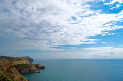 Visión desde el mar de Fiolent del cabo, Ucrania Crimea imágenes de archivo libres de regalías