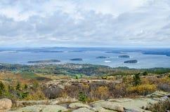 Visión desde el parque nacional del Acadia de la montaña de Cadillac en otoño Foto de archivo