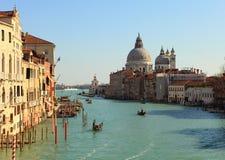 Visión desde el puente de Accademia (Venecia, Italia) Imagen de archivo libre de regalías
