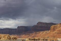 Visión desde el puente de Navajo, barranco de mármol Hwy 89 Foto de archivo libre de regalías