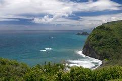 Visión desde el puesto de observación de Pololu, isla grande, Hawaii Imagenes de archivo