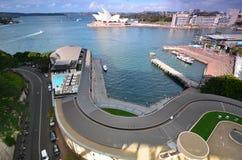 Visión desde el puesto de observación del pilón en Sydney Harbour ABRIGUE EL PUENTE S Foto de archivo
