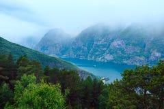 Visión desde el punto de vista de Stegastein (Aurland, Noruega) Imágenes de archivo libres de regalías