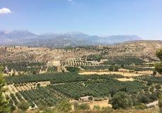 Visión desde el sitio arqueológico de Agia Triada fotos de archivo