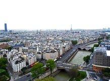 Visión desde el tejado de Notre Dame Cathedral fotografía de archivo