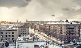 Visión desde el tejado en el invierno Petersburgo Fotos de archivo libres de regalías
