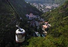 Visión desde el teleférico a Borjomi foto de archivo