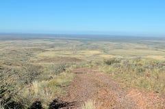 Visión desde el volcán extinto de Brukkaros imagen de archivo