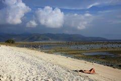 Visión desde Gili Trawangan hacia Lombok Imagenes de archivo