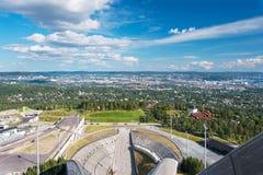 Visión desde la arena del salto de esquí en Oslo Noruega Fotografía de archivo libre de regalías