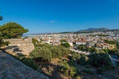 Visión desde la ciudad de Rethymno Imagenes de archivo
