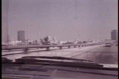 Visión desde la conducción de automóviles en Santa Monica Freeway metrajes