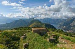 Visión desde la fortaleza Gorazda montenegro Foto de archivo libre de regalías