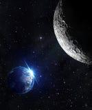 Visión desde la luna - salida del sol de la tierra Fotos de archivo libres de regalías