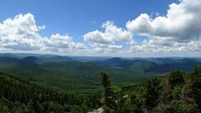 Visión desde la montaña de la grúa Fotos de archivo