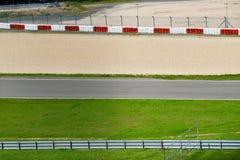Visión desde la pole position en una pista Imagen de archivo