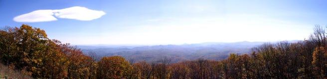 Visión desde la ruta verde azul de Ridge Imagen de archivo