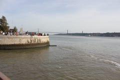 Visión desde la torre de Belem del río Tagus Foto de archivo libre de regalías