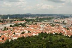 Visión desde la torre del puesto de observación de Petrin, Praga - República Checa Imagenes de archivo