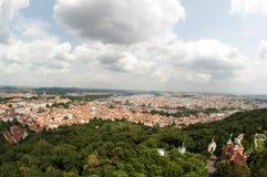 Visión desde la torre del puesto de observación de Petrin, Praga - República Checa Foto de archivo