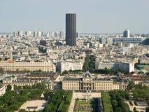 Visión desde la torre Eiffel a la torre Montparnasse Foto de archivo