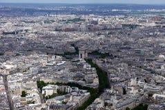 Visión desde la torre Eiffel que parece del norte hacia Arc de Triomphe, París, Francia Foto de archivo libre de regalías