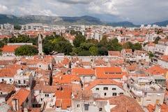 Visión desde la torre en el palacio de Diocletian, fractura, Croacia Imagenes de archivo