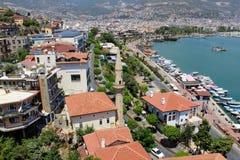Visión desde la torre roja a la zona urbana adyacente Alanya, Turquía Fotos de archivo libres de regalías