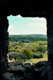 Visión desde la ventana del castillo de Corfe en Dorset Fotografía de archivo libre de regalías