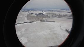 Visión desde la ventana del helicóptero metrajes