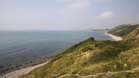 Visión desde los molinos de Osmington de la costa de Dorset Inglaterra Reino Unido almacen de video