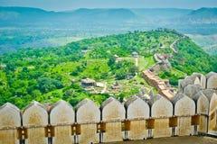 Opinión del fuerte de Kumbhalgarh imagen de archivo libre de regalías
