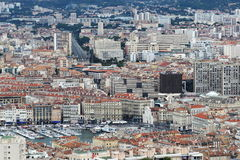 Visión desde Notre Dame de la Garde en Marsella vieja, Francia Fotografía de archivo libre de regalías