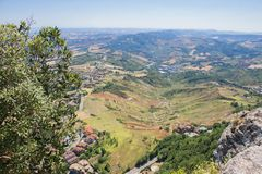 Visión desde San Marino al valle Fotos de archivo libres de regalías
