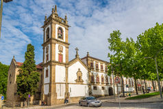Visión en el campanario del sao Domingo de la iglesia en Vila Real - Portugal Imágenes de archivo libres de regalías