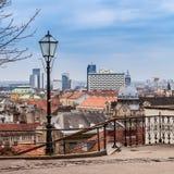Visión en el centro de Zagreb de la ciudad superior, con la visión en el hotel de Westin. Fotos de archivo