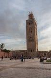 Visión en la mezquita de Koutoubia con el alminar en Marrakesh, Marruecos Fotos de archivo