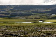 Visión en los llanos islandeses durante verano Imagenes de archivo