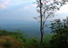 Visión en una montaña Foto de archivo libre de regalías