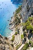 Visión encendido vía Krupp de Augustus Gardens, isla de Capri fotos de archivo