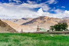 Visión escénica desde Leh al lago Pangong fotografía de archivo