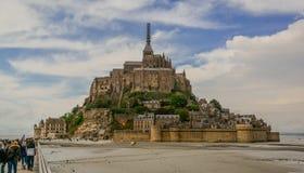 Visión escénica en Mont Saint Michel, Normandía, Francia fotos de archivo